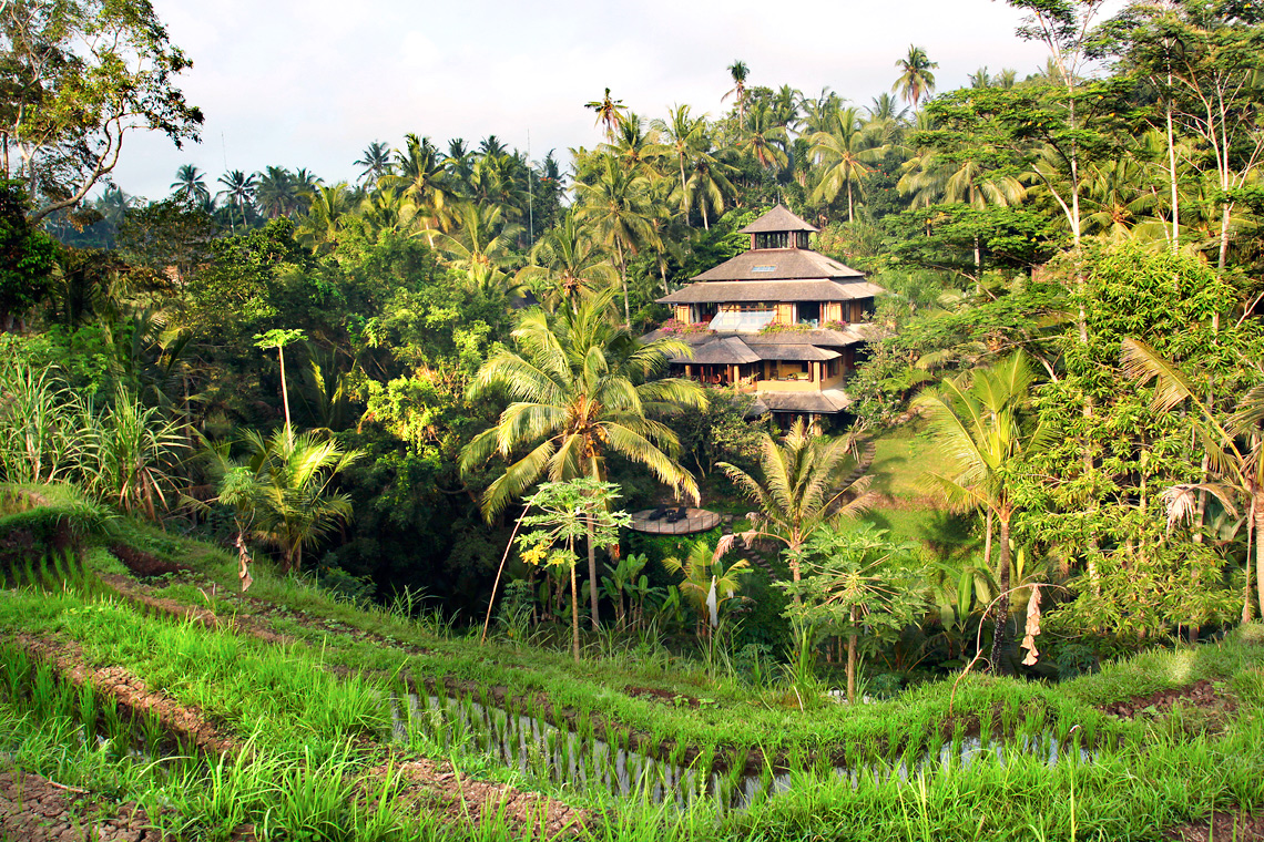 Riverside Villa Pelangi