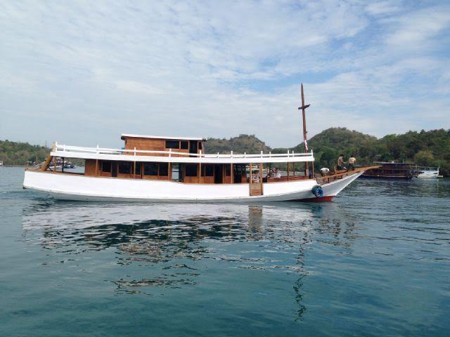 Komodo - 9 Islands Cruise - 4 days /3 nights