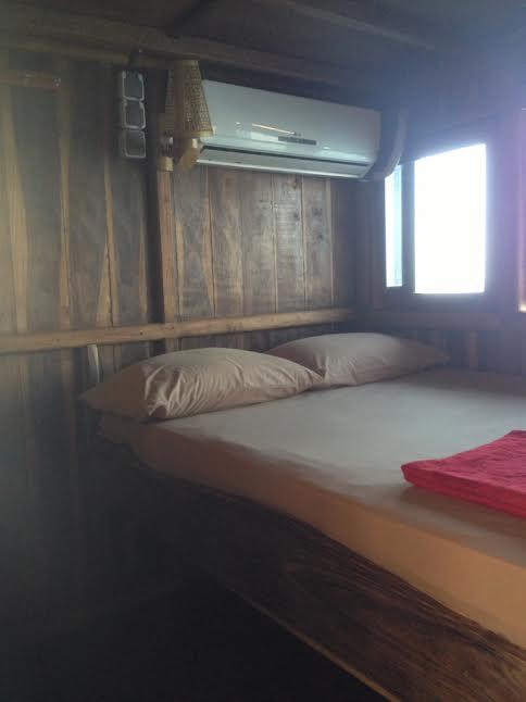 Boat_Komodo_Cruise3