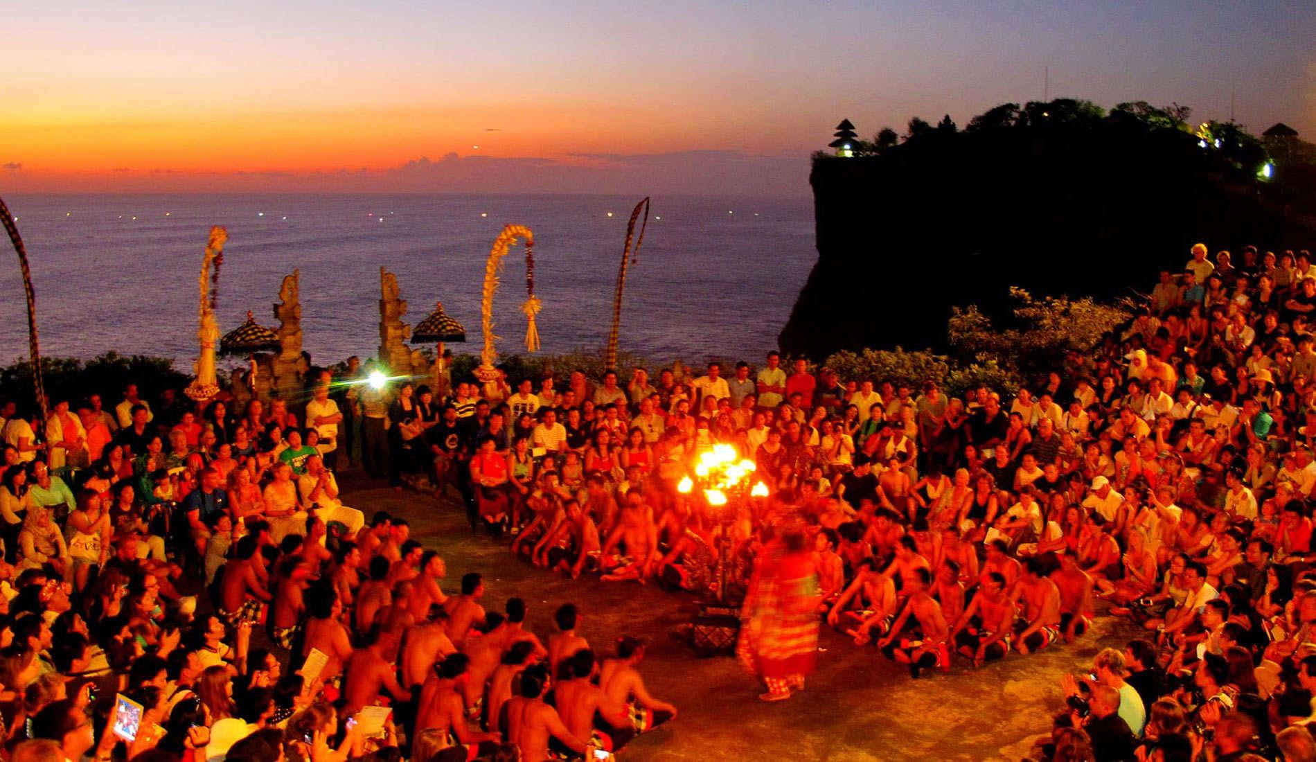 Padang Beach & Sunset Tour
